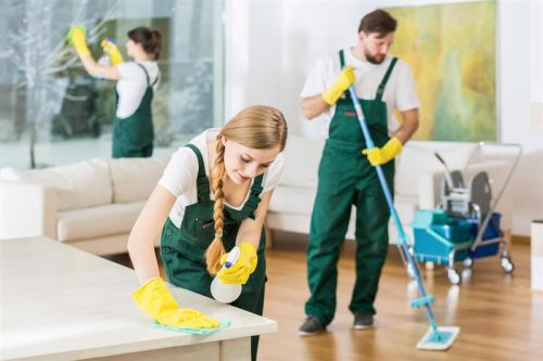 cleaning in London 3